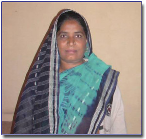 Bible Woman Poonam Singh Place of Work - Bhopura Delhi & Uttar  Pradesh border
